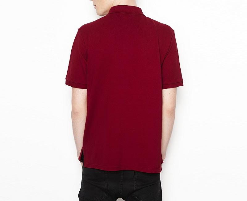 酒红色t恤衫-后背