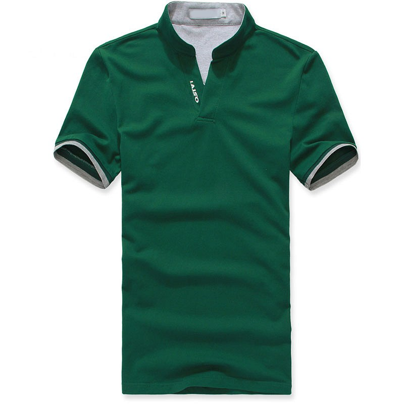 绿色小立领T恤衫