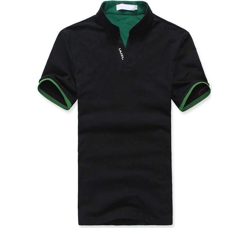 黑色立领T恤衫