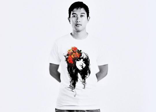 穿上美女头像的t恤衫